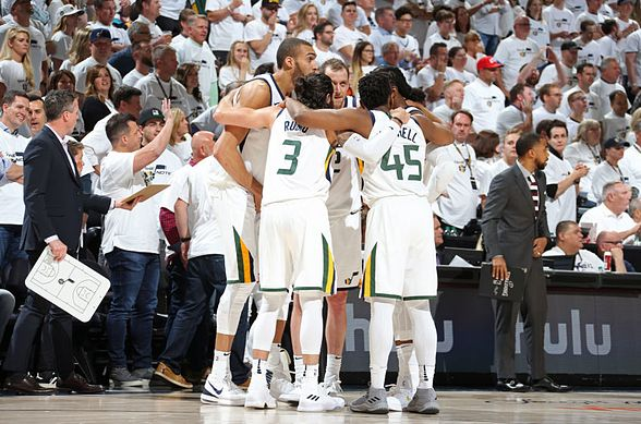 SALT LAKE CITY, UT - APRIL 23:  the Utah Jazz huddle prior to Game Four of Round One of the 2018 NBA Playoffs against the Oklahoma City Thunder on April 23, 2018 at vivint.SmartHome Arena in Salt Lake City, Utah. NOTE TO USER: User expressly acknowledges and agrees that, by downloading and or using this Photograph, User is consenting to the terms and conditions of the Getty Images License Agreement. Mandatory Copyright Notice: Copyright 2018 NBAE (Photo by Melissa Majchrzak/NBAE via Getty Images)
